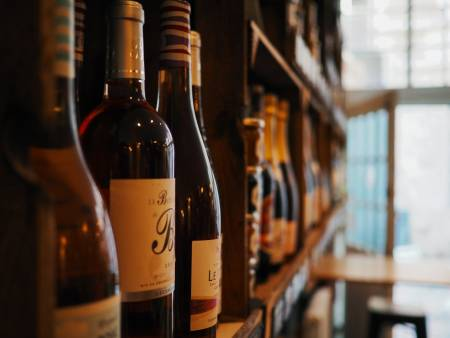 Is RFID the solution to protect and promote wine?